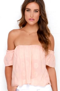 O'Neill Astrid Peach Off-the-Shoulder Crop Top at Lulus.com!