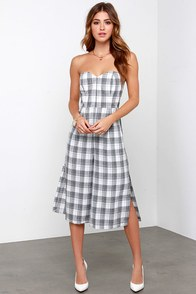 Print-cess Chic Grey Plaid Strapless Midi Jumpsuit at Lulus.com!