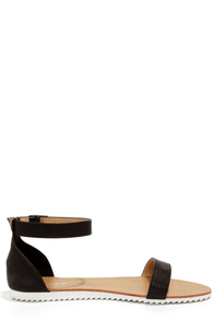 Bamboo Hearten 04 Black Ankle Strap Sandals at Lulus.com!