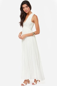 In Your Dreams Ivory Maxi Dress at Lulus.com!