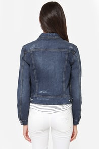 Blank NYC Basic Distressed Denim Jacket at Lulus.com!