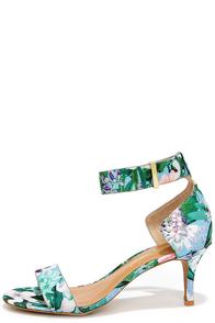 Report Signature Zailey Blue Floral Print Kitten Heels at Lulus.com!