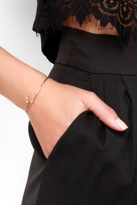 Hooked on a Feeling Gold Hook Bracelet at Lulus.com!