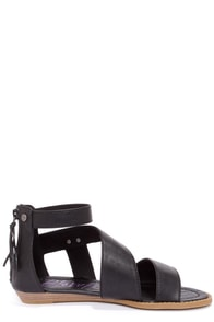 Blowfish Brink Black Gladiator Sandals at Lulus.com!