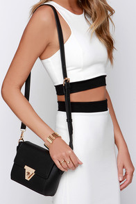 Class and Style Black Purse at Lulus.com!