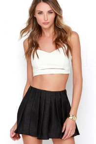 Pleat Dreams Black Shorts at Lulus.com!