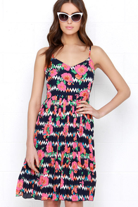 Sugarhill Boutique Zigzag Navy Blue Floral Print Midi Dress at Lulus.com!
