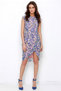 Sugarhill Boutique Cara Pink Floral Print Midi Dress at Lulus.com!