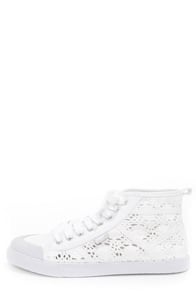 Rocket Dog Amati White Crochet Lace-Up Sneakers
