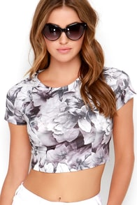 Lucca Couture Quietude Black and Ivory Floral Print Crop Top at Lulus.com!