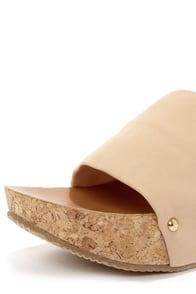 Bamboo Lalasa 05 Nude Platform Sandals at Lulus.com!