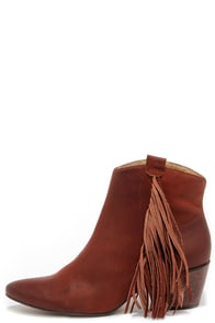 Matisse Shields Brick Leather Fringe Booties at Lulus.com!