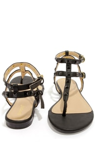 Bamboo Ambra 34 Black Studded T-Strap Thong Sandals at Lulus.com!