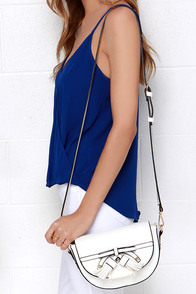Bow With It Ivory Purse at Lulus.com!