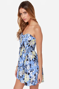 Right Vase, Right Time Blue Floral Print Dress at Lulus.com!