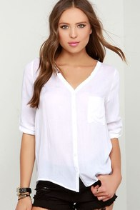 Airy Go 'Round Ivory Button-Up Top at Lulus.com!