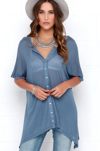 Dee Elle Just My Oversize Blue Button-Up Top at Lulus.com!