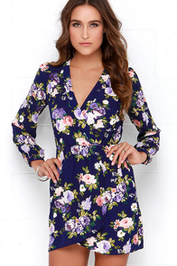 That's a Wrap Navy Blue Floral Print Dress at Lulus.com!