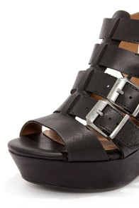Madden Girl Kloverrr Black Buckled Wedge Sandals at Lulus.com!