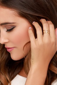I Spy-ral Gold Ring at Lulus.com!