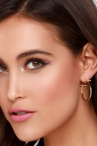 Cover to Cover Gold Hoop Earrings at Lulus.com!