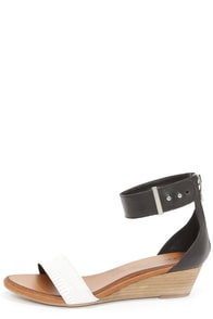 Chinese Laundry Kalifornia White and Black Ankle Strap Sandals
