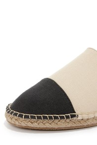 Bamboo Saturday 08 Beige and Black Espadrille Flats at Lulus.com!
