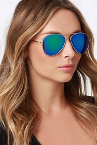 Staring Contest Gold Mirrored Sunglasses at Lulus.com!