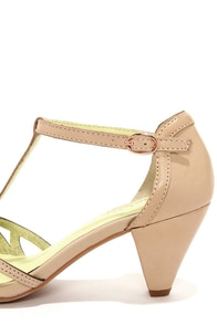 Seychelles Everybody Dance Vacchetta Beige Kitten Heels at Lulus.com!