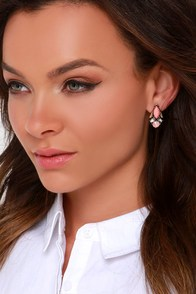 Ancient Egypt Pink Earrings at Lulus.com!