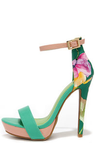 Miami Beach Sea Green Print Platform Sandals at Lulus.com!