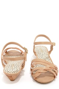 Bamboo Juniper 91 Sand Sandals at Lulus.com!