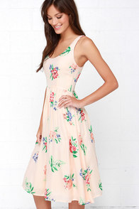 BB Dakota Heleen Peach Floral Print Midi Dress at Lulus.com!