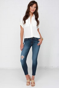 We are the Champions Medium Wash Distressed Ankle Skinny Jeans at Lulus.com!
