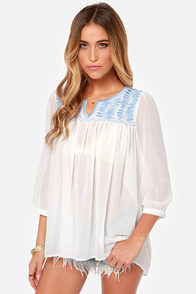 Collective Concepts Prairie Me Embroidered Ivory Top