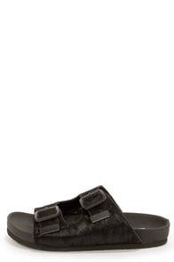 Steve Madden Boundree Black Pony Fur Sandals at Lulus.com!