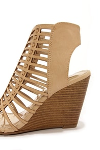 Madden Girl Coasterr Natural Cutout Wedge Booties at Lulus.com!