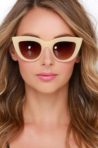 Quay Kitti Beige Cat-Eye Sunglasses at Lulus.com!