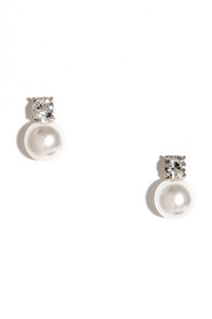 Simplicity Girl Silver and Pearl Earrings at Lulus.com!