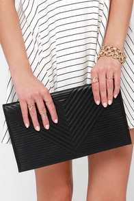 Stitch Craft Quilted Black Clutch at Lulus.com!