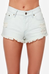 Roxy Smeaton Light Wash Cutoff Jean Shorts at Lulus.com!