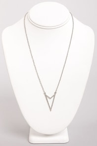 Right Directions Silver Arrow Necklace at Lulus.com!