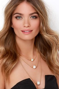 Take Me For a Spin Gold and Pearl Layered Necklace at Lulus.com!