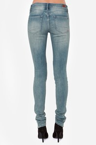 Dittos Kelsey Mid Rise Skinny Jeans at Lulus.com!