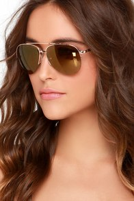 Sun Flares Gold Aviator Sunglasses at Lulus.com!