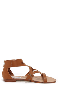 Steve Madden Comma Cognac and Gold Gladiator Sandals at Lulus.com!