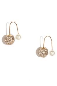 Absolute Treasure Gold and Pearl Peekaboo Earrings at Lulus.com!