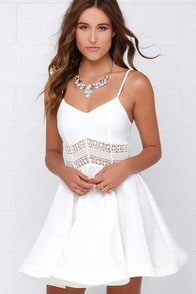 It's Electric Ivory Lace Dress at Lulus.com!