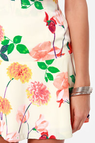 BB Dakota Goodwin Floral Print Trumpet Skirt at Lulus.com!