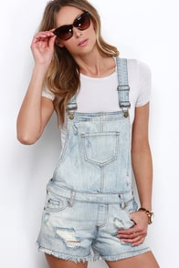 Lake Cabin Light Wash Distressed Denim Overalls at Lulus.com!